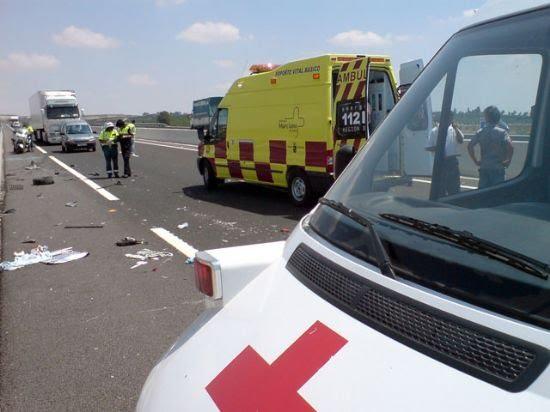Cuatro marroquíes heridos graves en un accidente de tráfico en Alhama, Foto 2