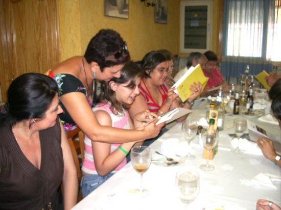 Los voluntarios sociales del Ayuntamiento celebran una comida de convivencia, Foto 2