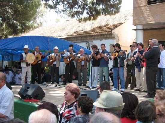 El Encuentro de Cuadrillas puso la nota musical a la mañana del Día de Mayos, Foto 1