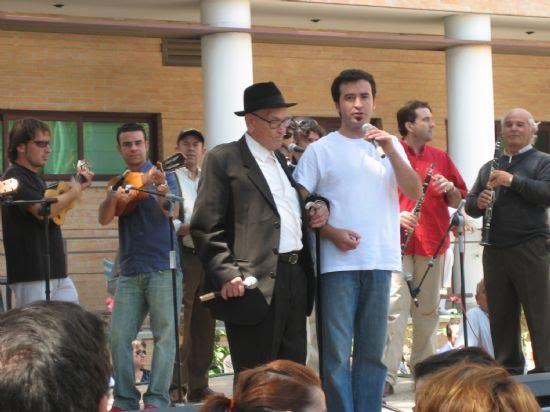 El Encuentro de Cuadrillas puso la nota musical a la mañana del Día de Mayos, Foto 2