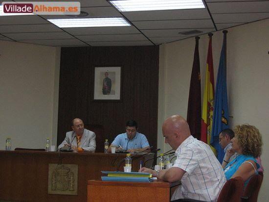 Primer pleno extraordinario del Ayuntamiento de Alhama donde se acordaron las retribuciones de los miembros de la corporación municipal., Foto 9