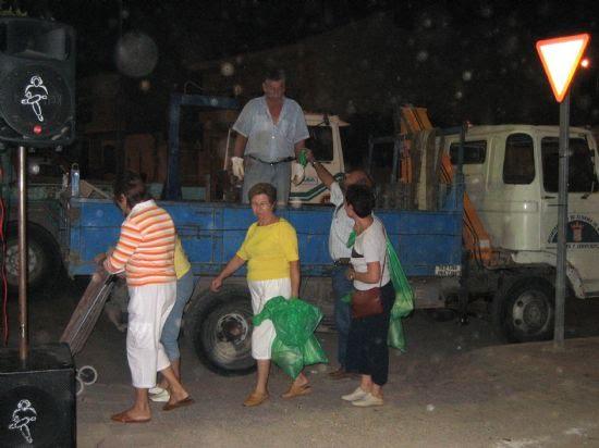 Casi mil quinientas sartenes participaron en el concurso de migas 2006, Foto 3