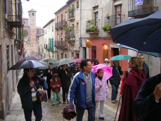 """Gracias a la Concejalía de Mayores, cerca de sesenta vecinos disfrutaron de un """"viaje medieval"""" , Foto 3"""