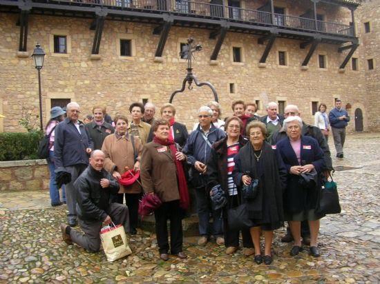 """Gracias a la Concejalía de Mayores, cerca de sesenta vecinos disfrutaron de un """"viaje medieval"""" , Foto 4"""