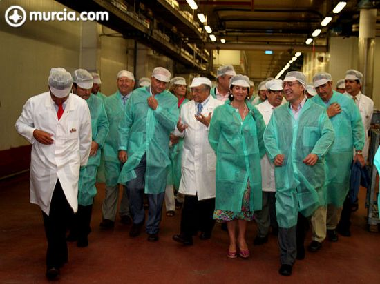 El ministro de Industria, Miguel Sebastián, visitó las instalaciones de ElPozo, Foto 2