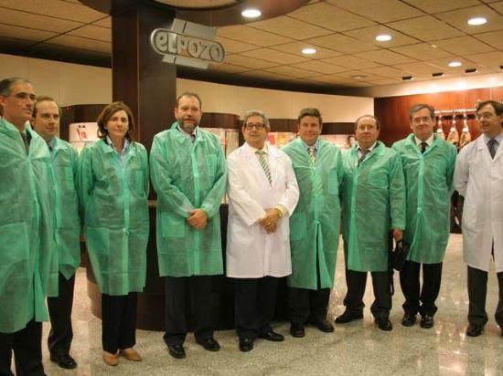 El Consejero de Empleo y Formación visita las instalaciones de Elpozo alimentación junto a su equipo directivo, Foto 2