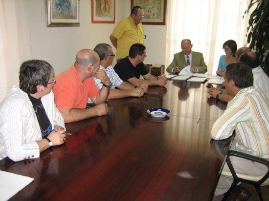 Un nuevo convenio de Iniciación Profesional dará formación y empleo a 30 jóvenes alhameños sin estudios , Foto 1