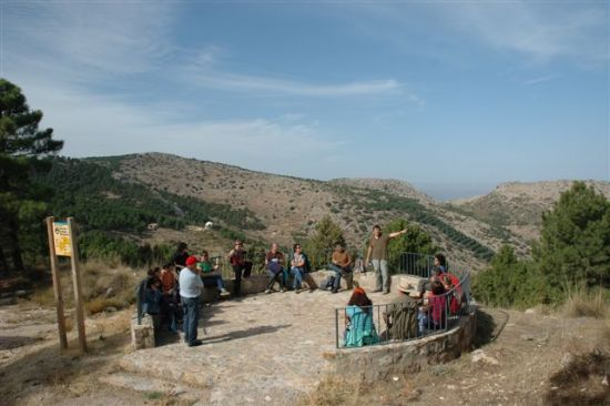 El Centro Arqueológico Los Baños recibe la visita de miembros de la Asociación para la Interpretación del Patrimonio, Foto 4
